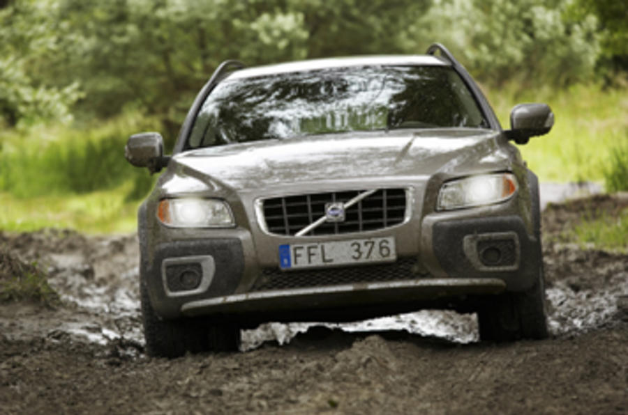 volvo xc70 d5 se review autocar. Black Bedroom Furniture Sets. Home Design Ideas