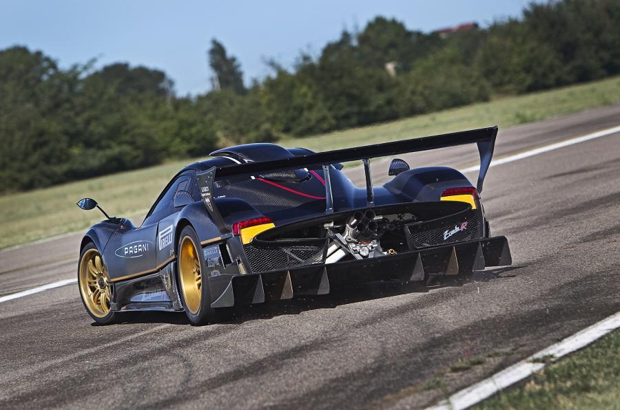 Pagani Zonda hard rear cornering