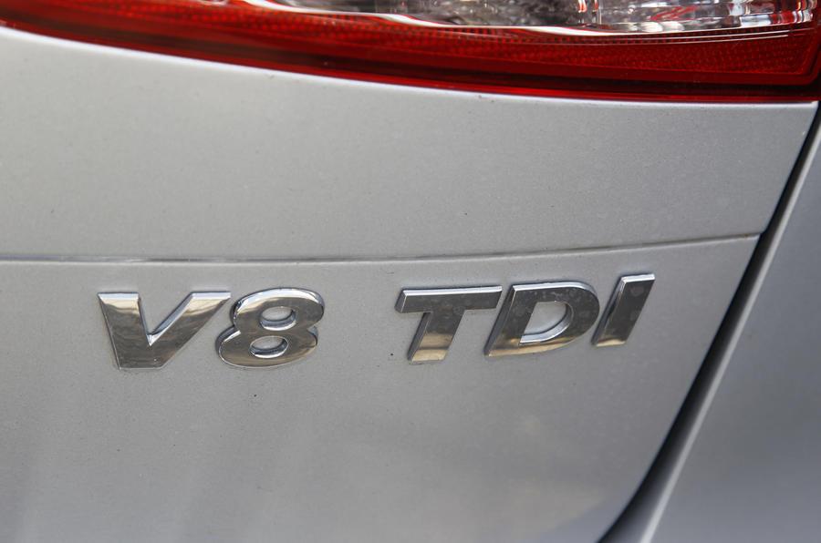 VW Touareg 4.2 V8 TDI badging
