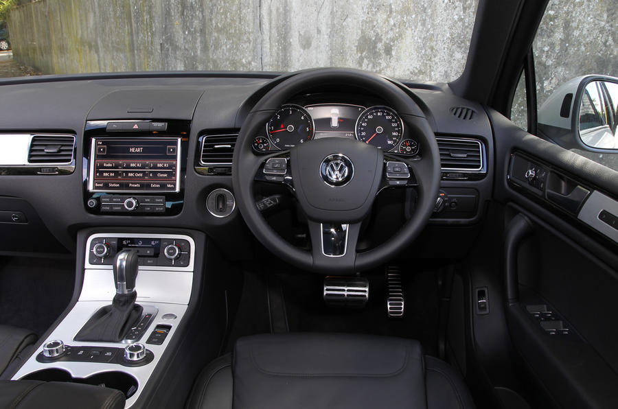 VW Touareg dashboard