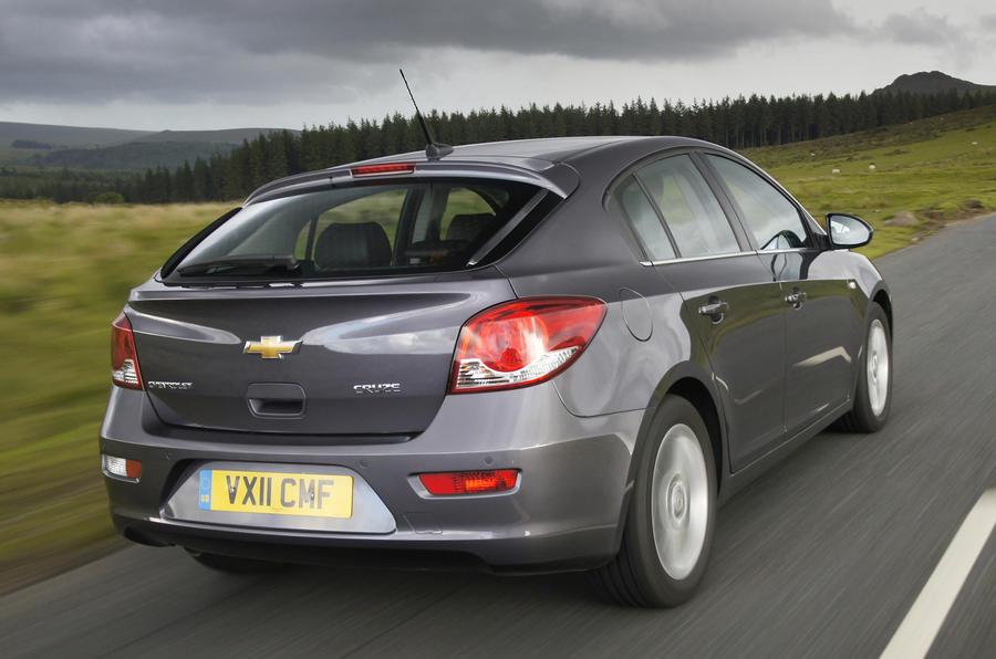 Chevrolet Cruze 1.6 LS rear