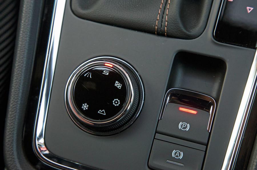 Cupra Ateca 2019 road test review - drive mode dial