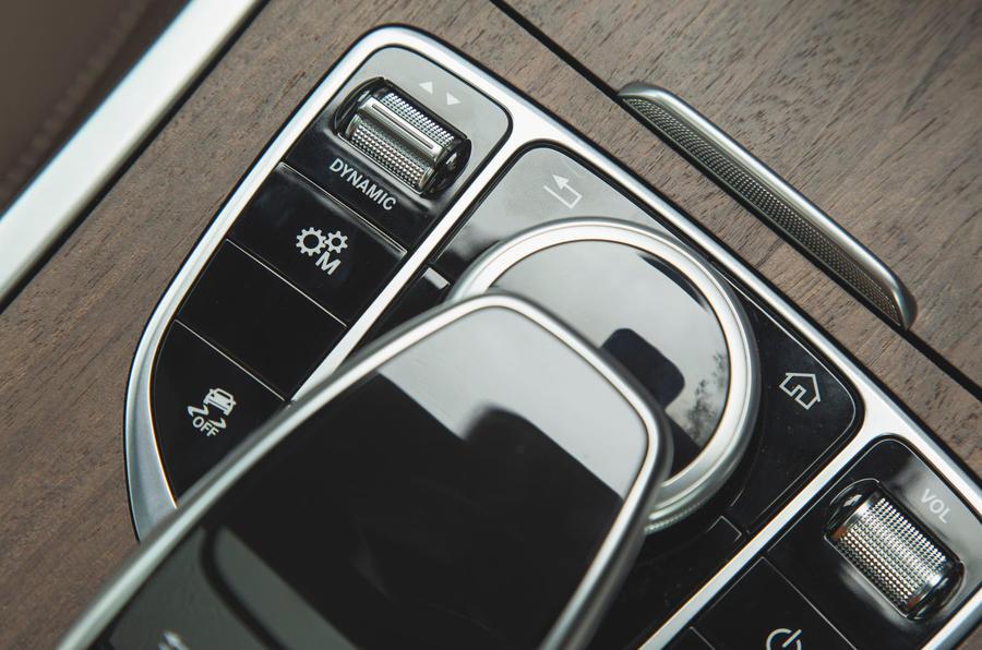 Mercedes-Benz G-Class 2019 road test review - drive modes