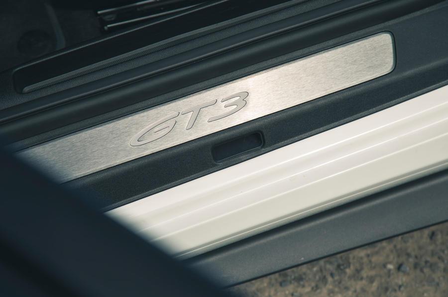 24 Plaques de seuil Porsche 911 GT3 2021 RT
