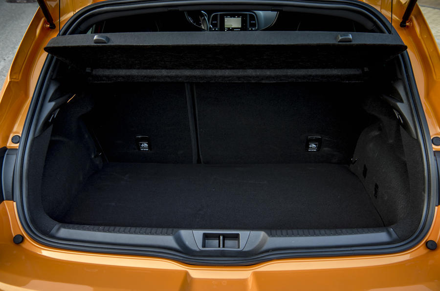 Renault Megane RS 280 2018 road test review boot space