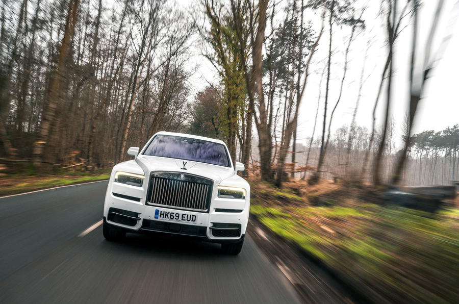 Rolls Royce Cullinan 2020 road test review - on the road nose
