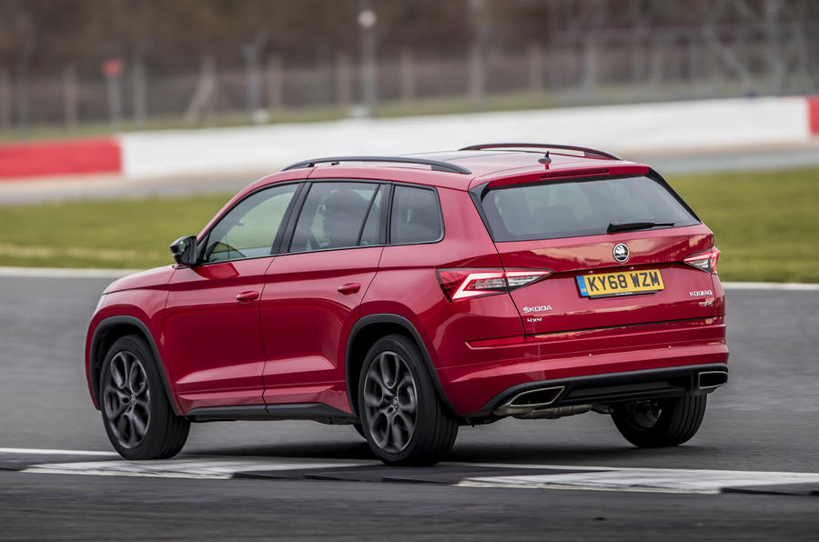Skoda Kodiaq vRS 2019 road test review - cornering rear