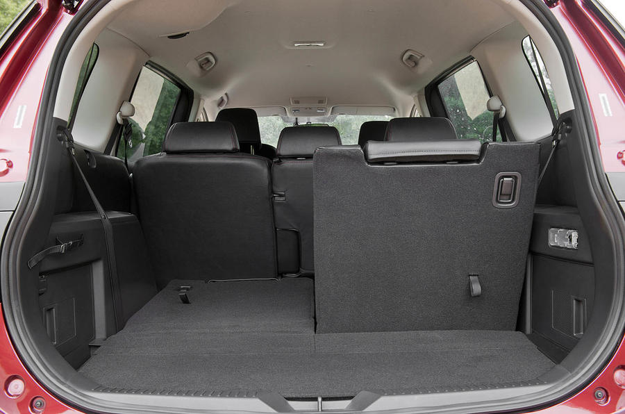 Mazda 5 2.0 TS2 seating flexibility