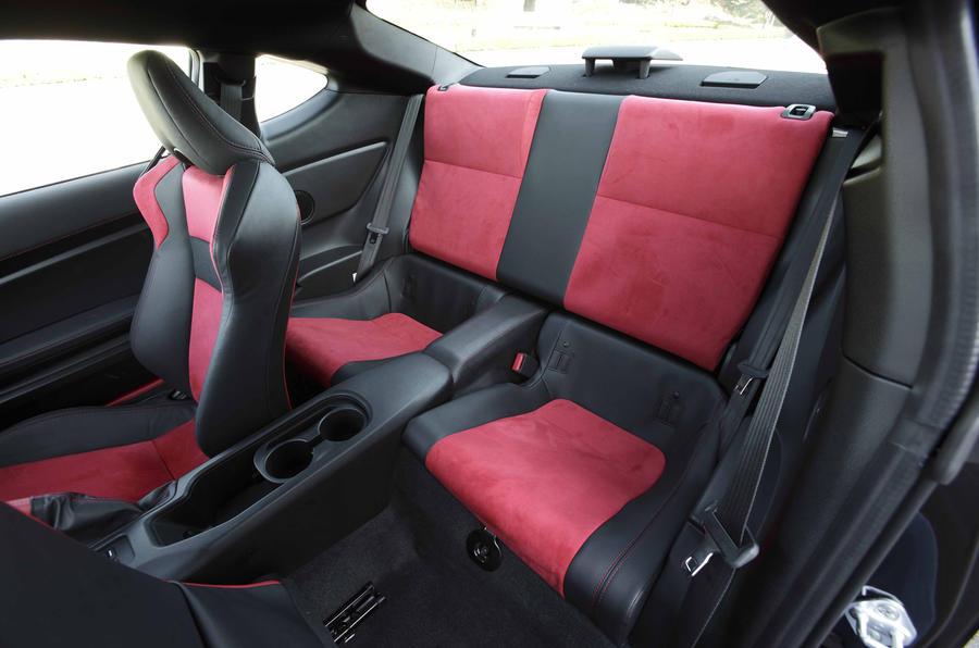 Toyota 86 rear seats