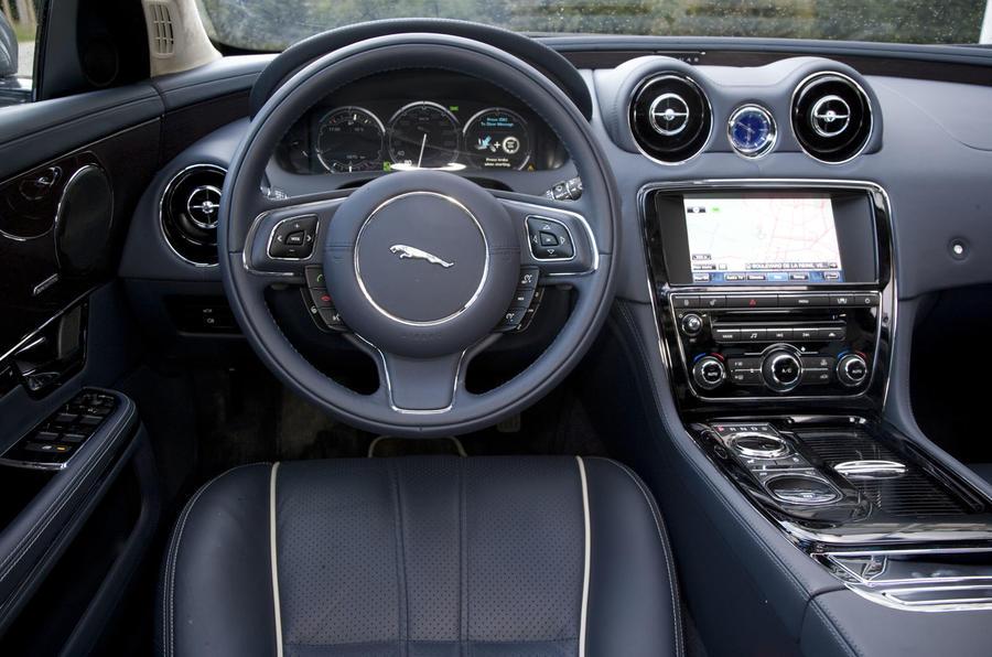 Jaguar Car Xj Interior Jaguar XJ 3.0D V6 Port...