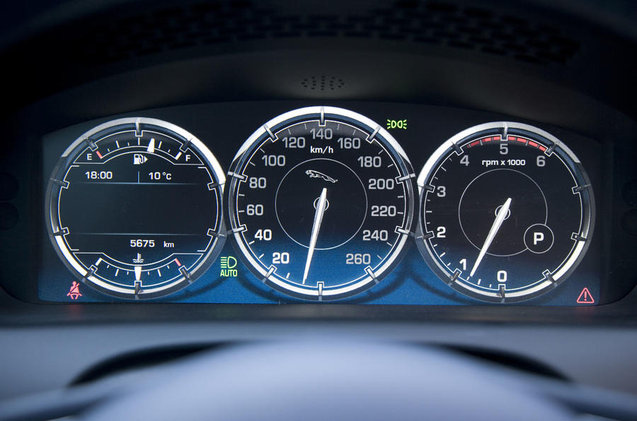Jaguar XJ instrument cluster