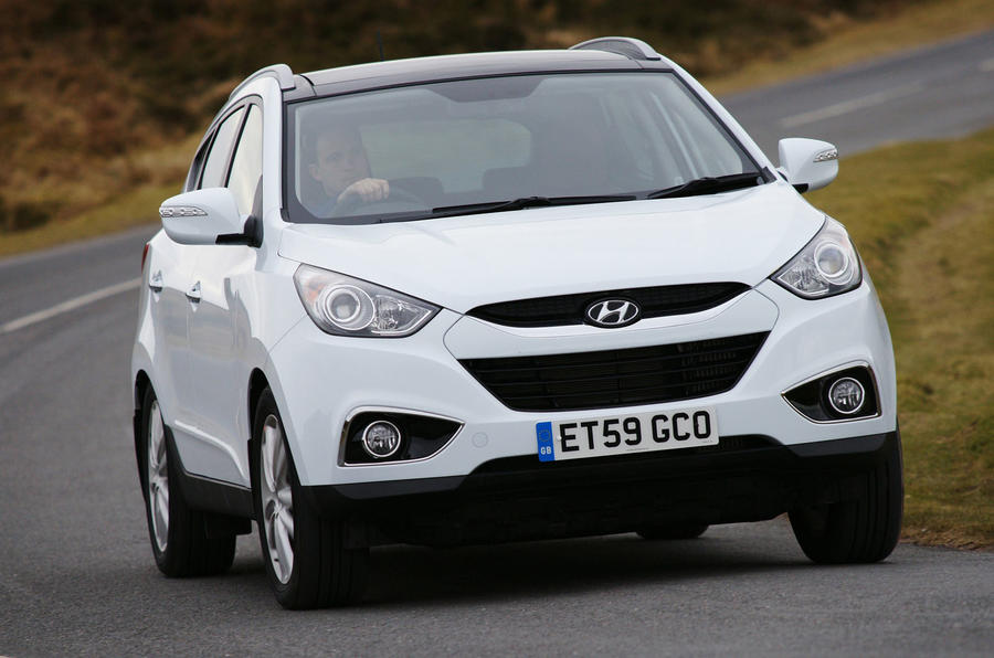 Hyundai ix35 cornering