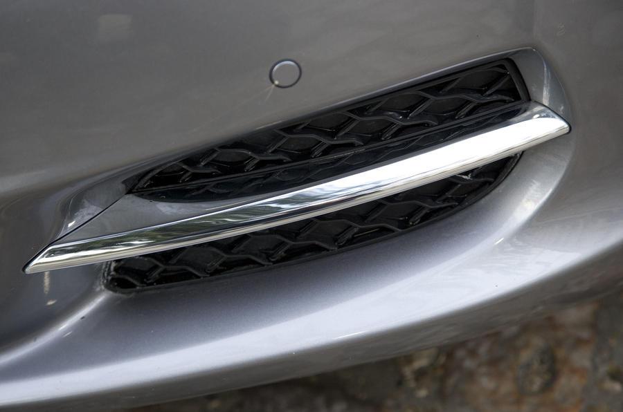 Jaguar XJ air vent