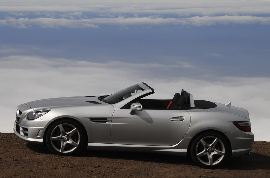 Mercedes-Benz SLK 200 roof down