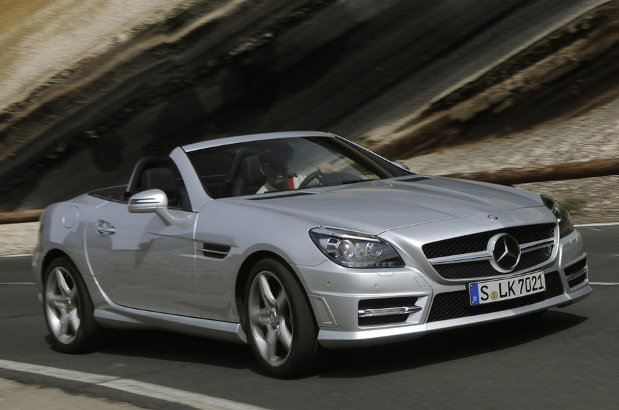 Mercedes-Benz SLK 200 cornering