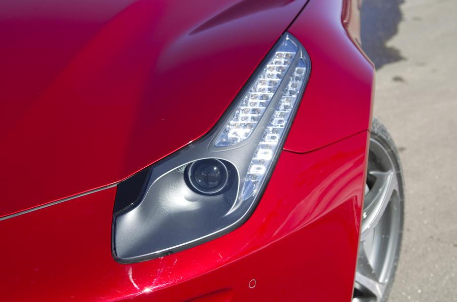 Ferrari FF bi-xenon headlights