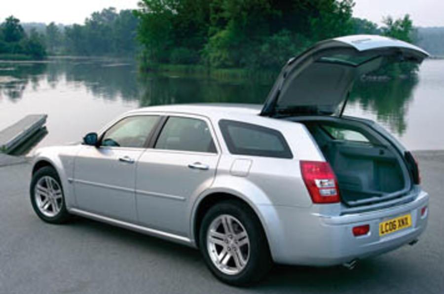 Chrysler 300C (05-)  3.0 V6 CRD 5dr Touring