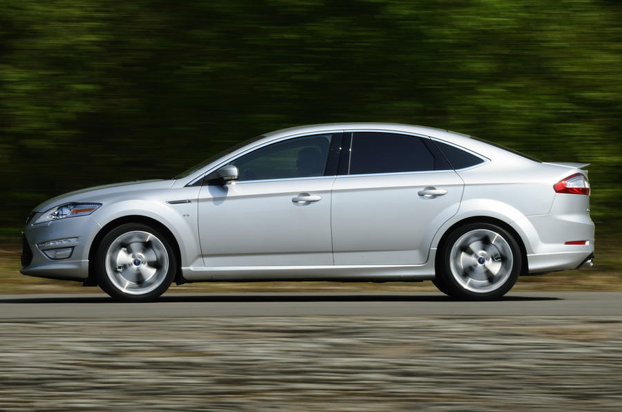 Ford Mondeo Titanium X side profile