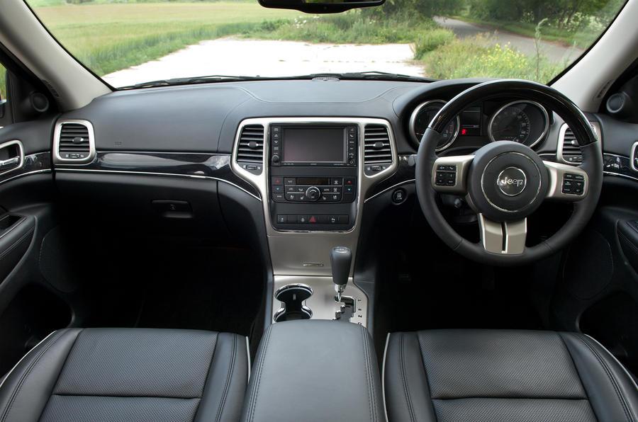 Jeep Grand Cherokee dashboard