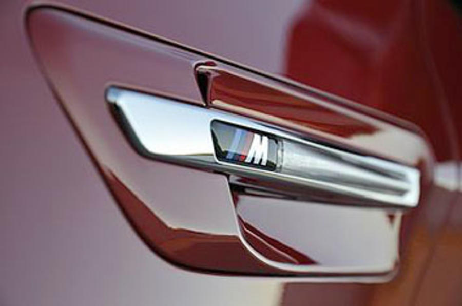 BMW X6 M-badged side repeater