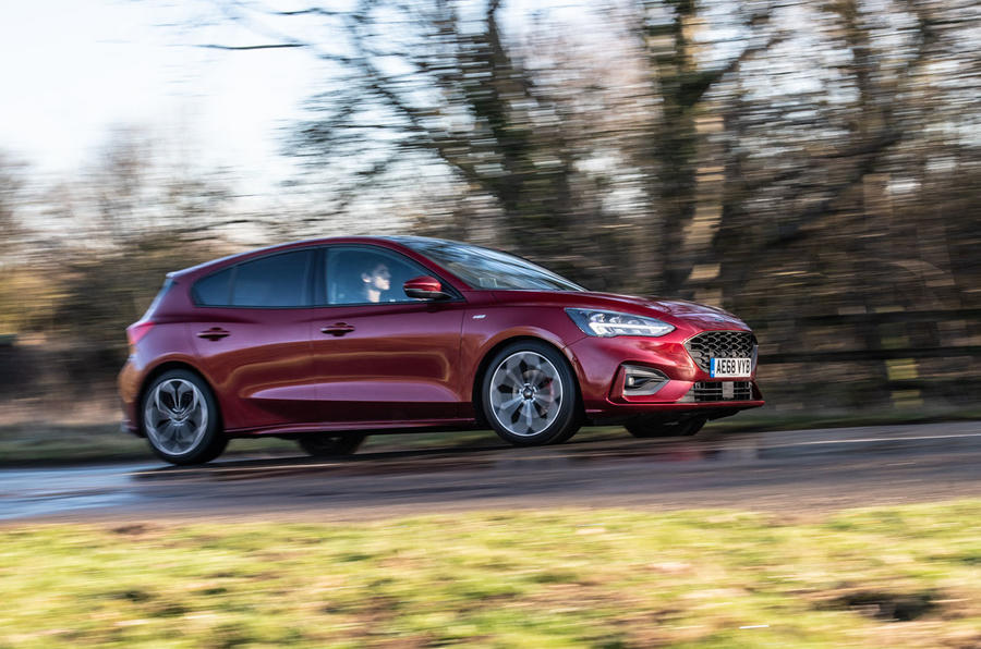 Ford Focus ST-line X 2019 road test review - on the road front side