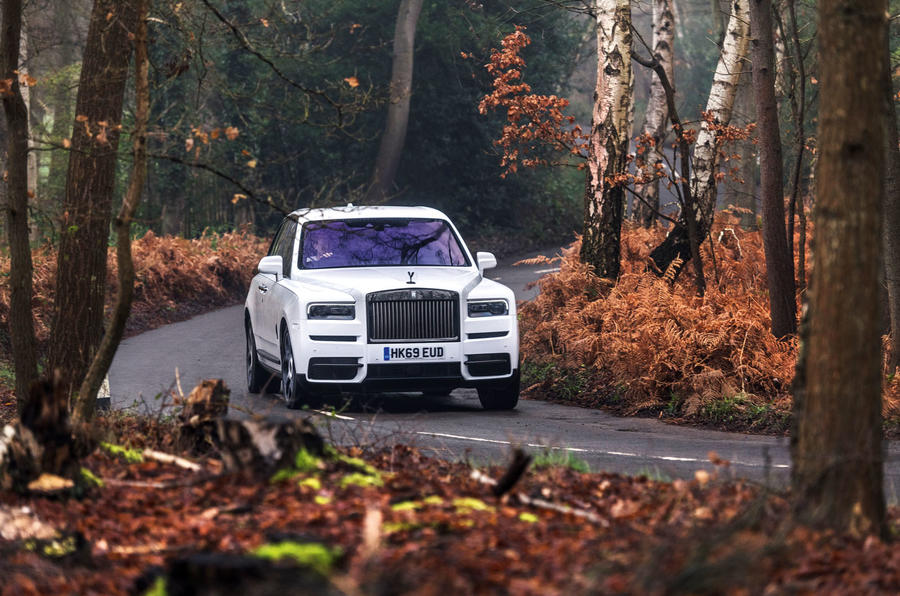 Rolls Royce Cullinan 2020 road test review - cornering front