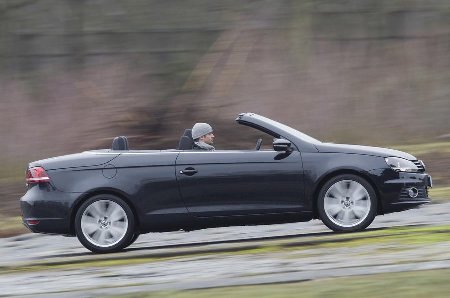 £25,920 Volkswagen Eos 2.0 TDI DSG