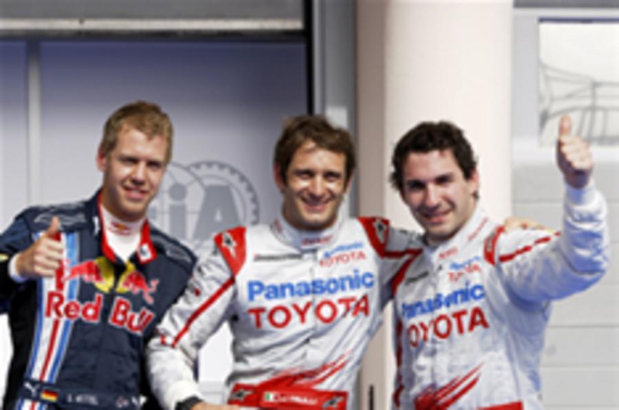 Trulli takes F1 pole in Bahrain