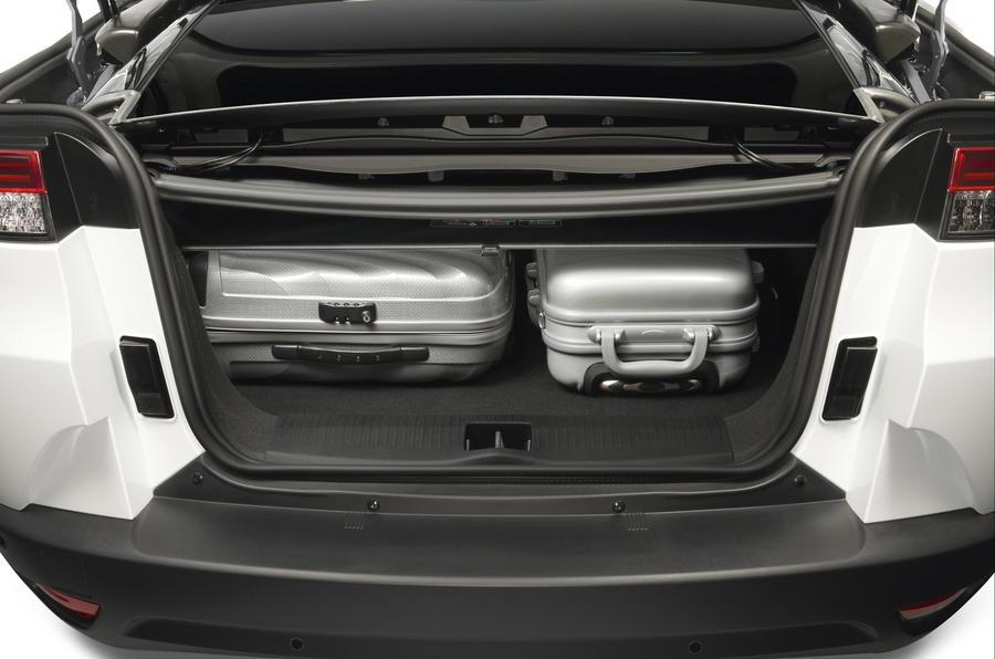 Renault Megane CC dCi 160 review | Autocar