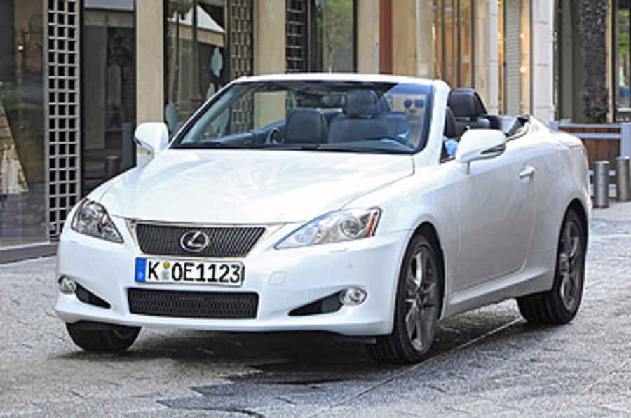 Lexus IS 250C front quarter