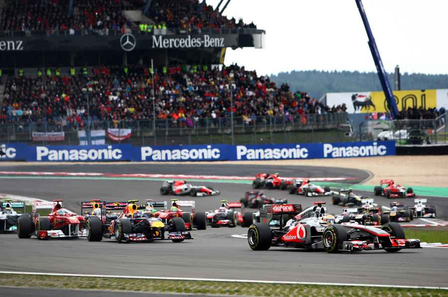 Lewis Hamilton wins in Germany