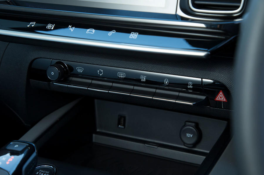Citroen C5 Aircross 2019 road test review - climate control buttons