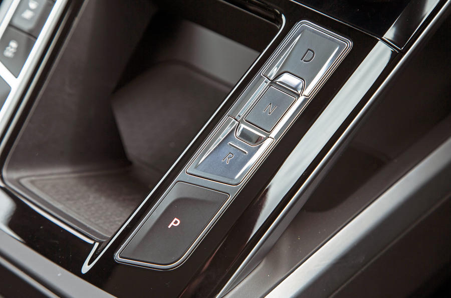Jaguar I-Pace 2018 road test review drive select