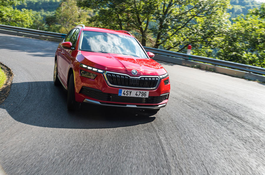 Skoda Kamiq 2019 road test review - cornering front