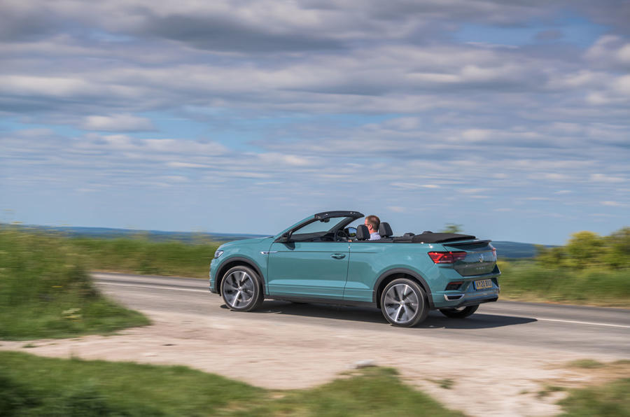 Volkswagen T-Roc Cabriolet 2020 road test review - on the road side