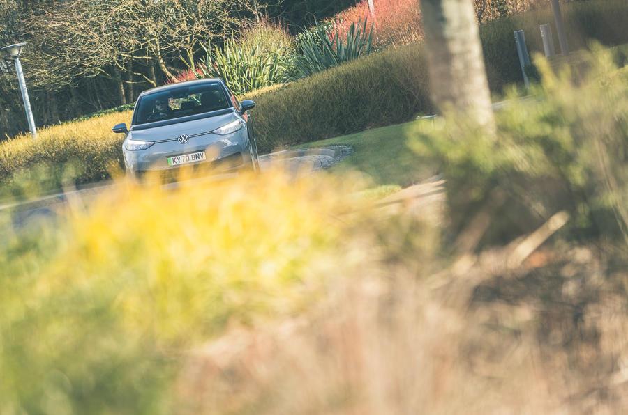 26 VW ID 3 2021 essai routier sur route