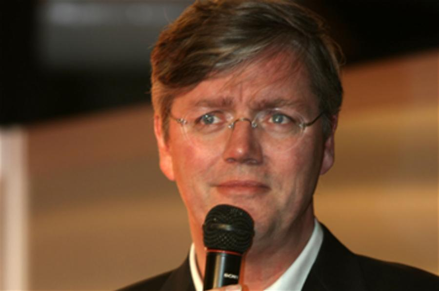 Ex-Saab chief: 'rescue still possible'