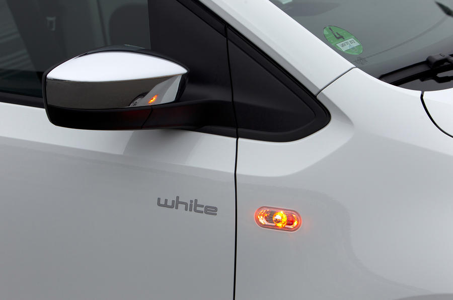 Volkswagen Up side indicator