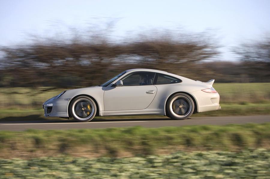 Porsche 911 Sport Classic side profile