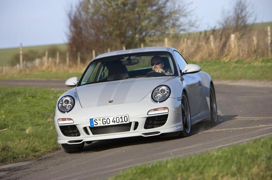 Porsche 911 Sport Classic cornering