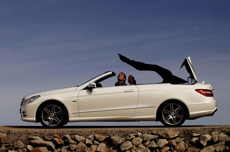 Mercedes-Benz E 350 CGI Cabriolet roof opening