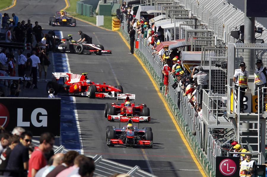 Hamilton tops Aus F1 practice