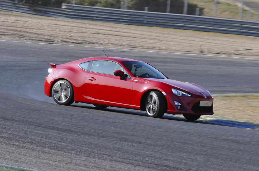 Toyota GT86 drifting