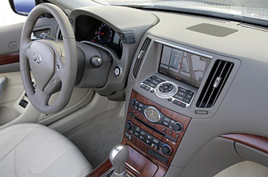Infiniti G37 Coupé Cabriolet