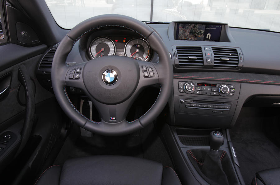 BMW 1 Series M Coupé dashboard