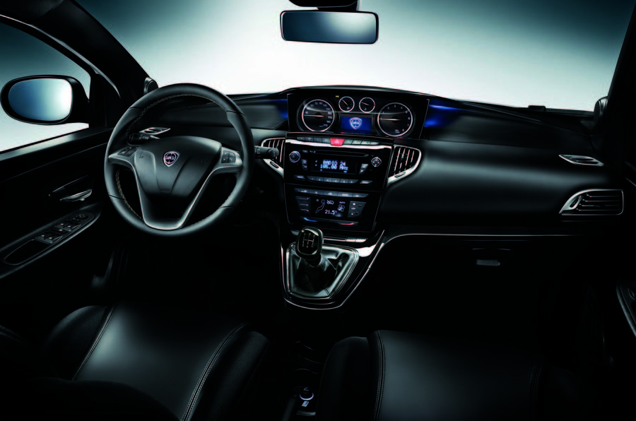 Chrysler Ypsilon dashboard