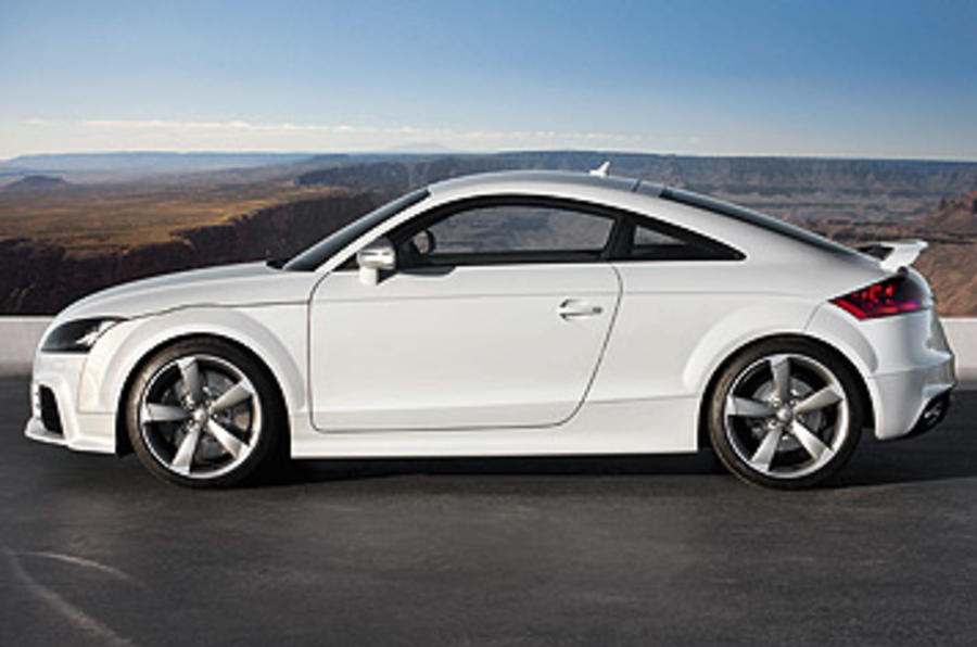 Audi TT RS 2.5 Coupe side profile