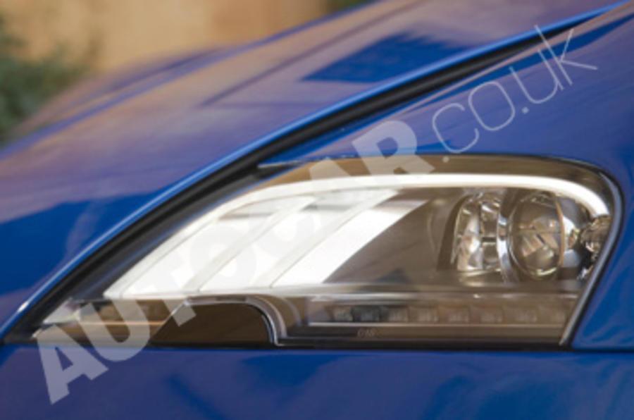 Bugatti Veyron 16.4 Grand Sport headlights