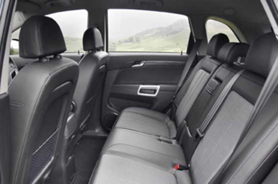 Vauxhall Antara 2.4i E