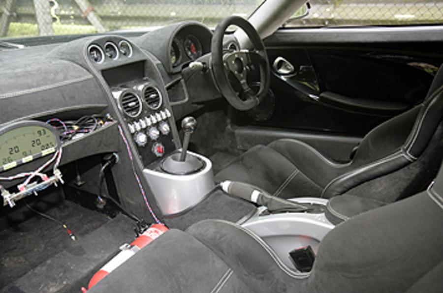 Noble M600 interior